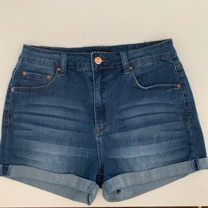 FashionNova - Encore  Dark Wash Jean Shorts